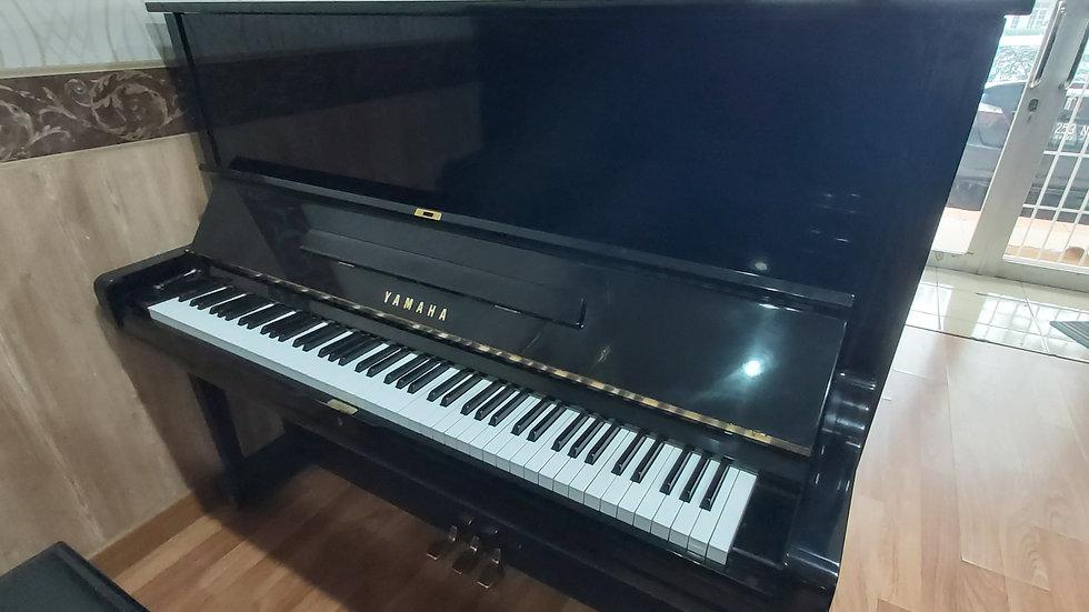 Yamaha U3M