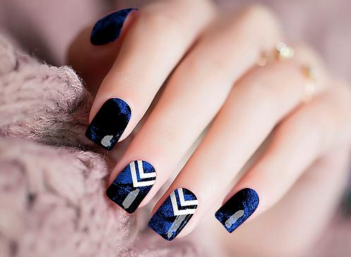 Chevron Blue Nail Wraps