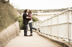 portrait-couple-kiss-Cliff-Walk-Newport-RI