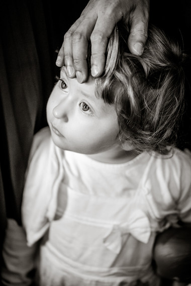 little-girl-portrait-family photography-black and white