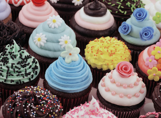 5 Ways to Celebrate Life with Cupcakes