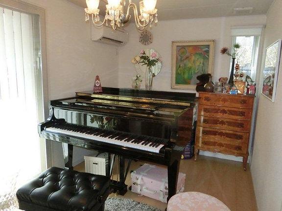 ピアノ教室 | 日本 | Kyoko-Izutsu | Piano SteinWay