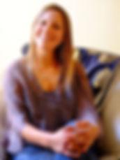 Hypnotherapist Emeline Lannois2.jpg