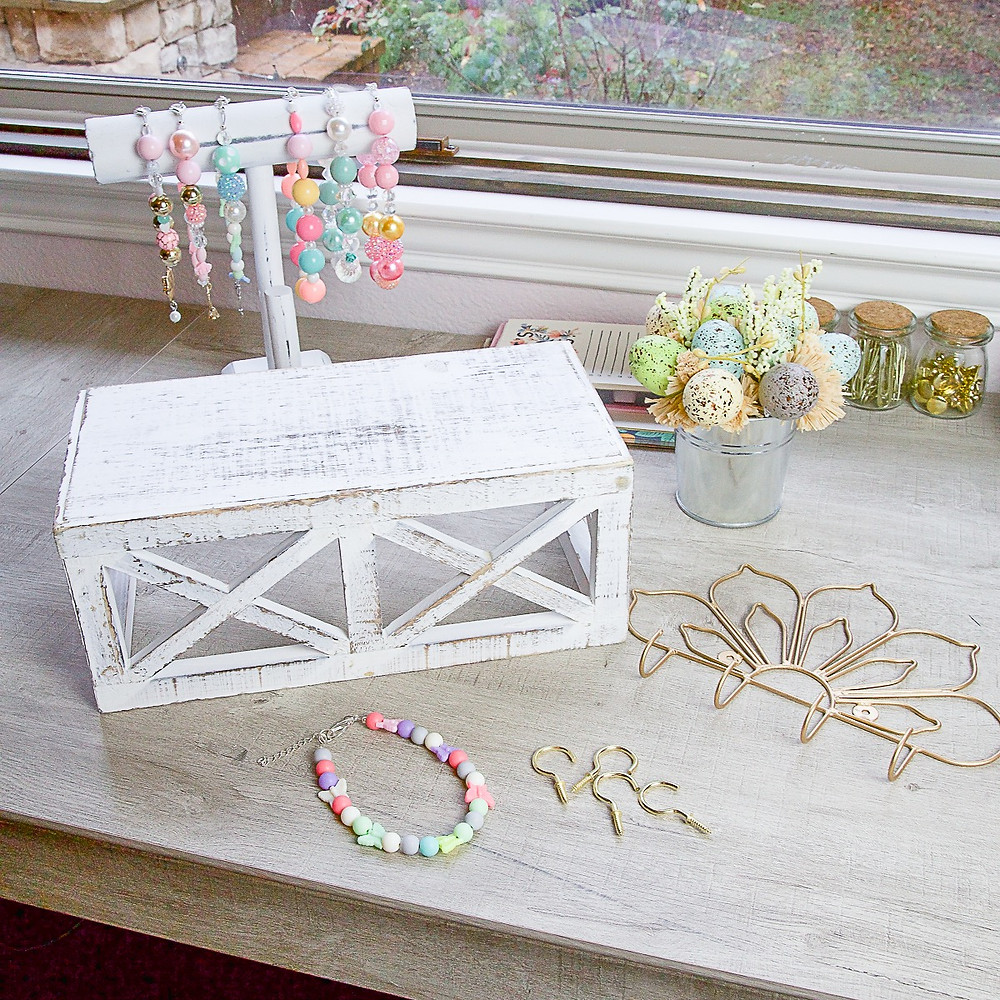 Materials Required for DIY Necklace Holder