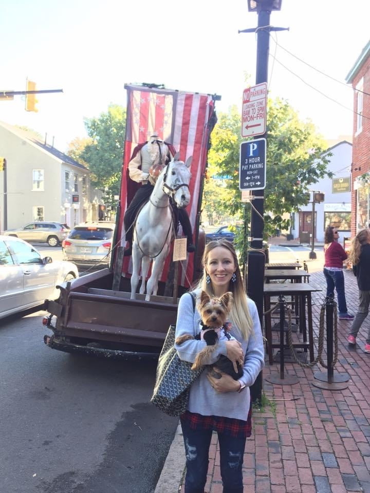 dog and mom traveling in Alexandria, Virginia