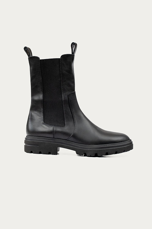 Ria Chelsea Boots