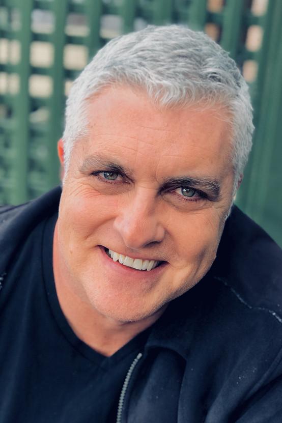 Darren Sanders Headshot