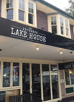 Sydney Comedy Club at the Entrance Lake House