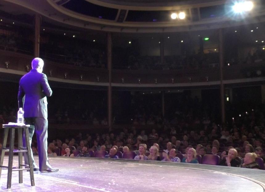 Darren Sanders Live on Stage