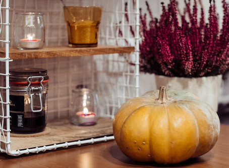 How To Make Buyers Fall For Your Home This Season