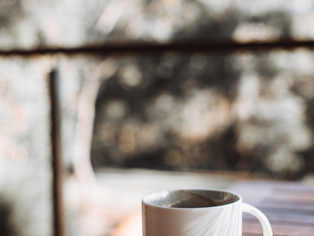 3 Teeth-Healthy Beverages To Cozy Up With This Fall