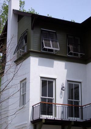 jakeslane balcony.jpg