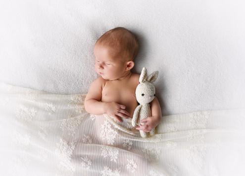 Újszülött fotózás Veresegyház 10