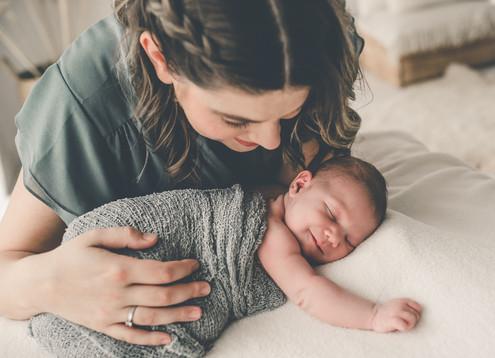 Újszülött fotózás Veresegyház 18