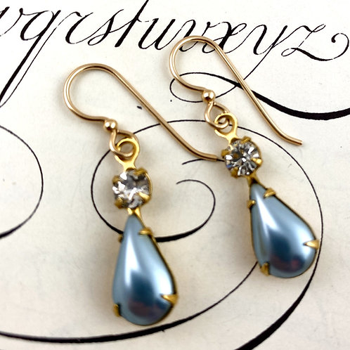 Elegant Blue Vintage Earrings