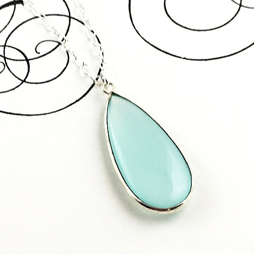 Chalcedony Silver Necklace - Calm