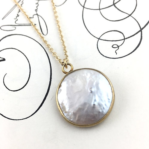 Snow Moon Pearl Necklace
