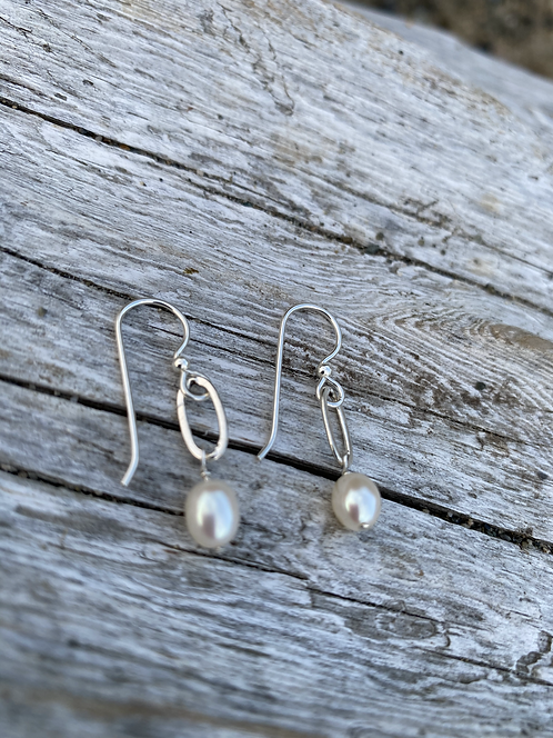 Petite Pearl Oval Chain Sterling Earrings