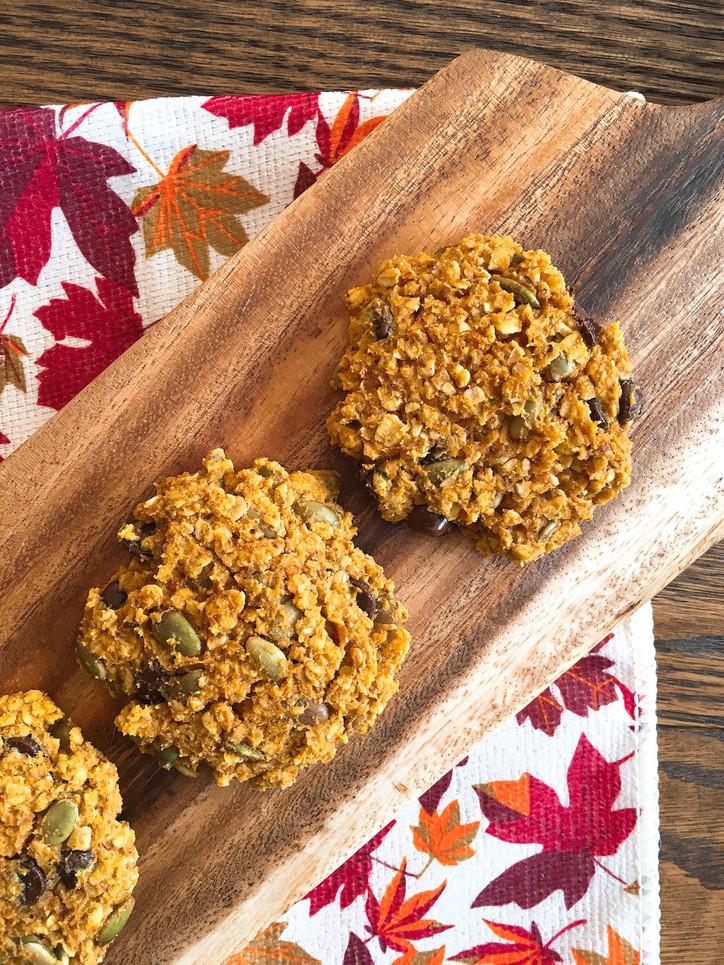Chewy Oatmeal Pumpkin Cookies