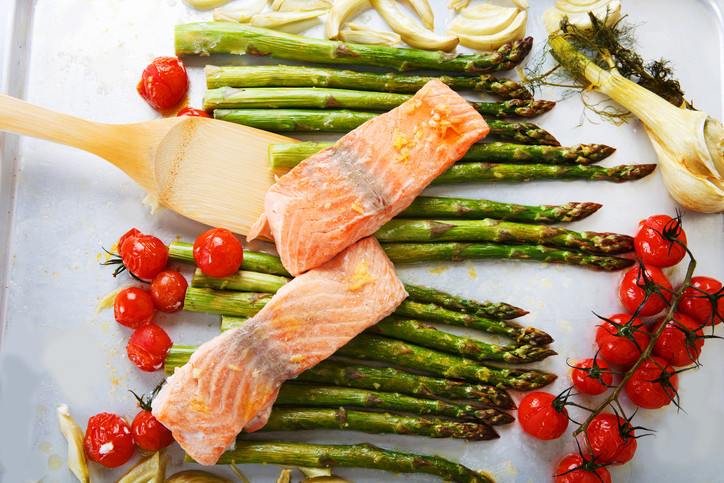 One Pan Baked Salmon & Asparagus