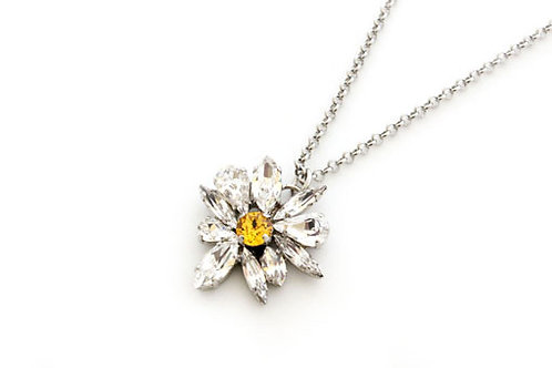 HOE Daisy Necklace