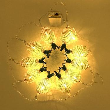 cordon luces piña dorada metal lámpara cuerda encendida