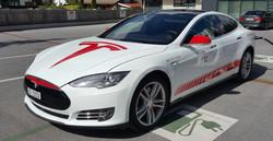 Tesla S - Tour de Suisse