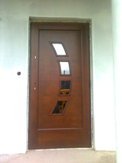 REAL WOOD DOORS WINDOWS STAIRCASES KITCHENS 22
