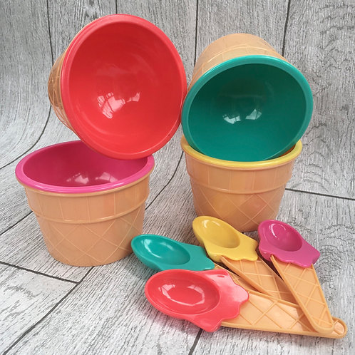 4 Ice Cream Tubs With Spoons