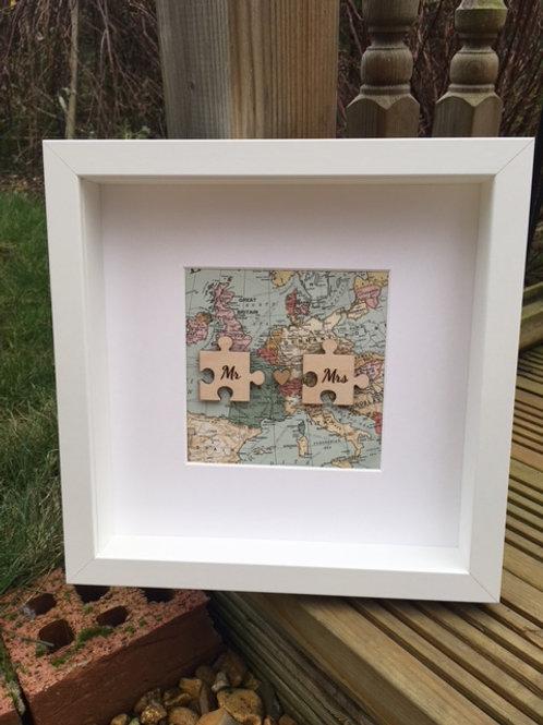 Mr & Mrs Jigsaw wooden frame