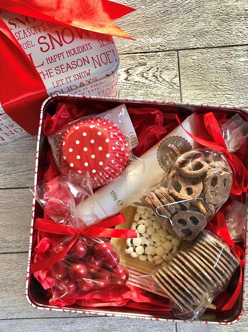 Reindeer Cupcake Gift Tin