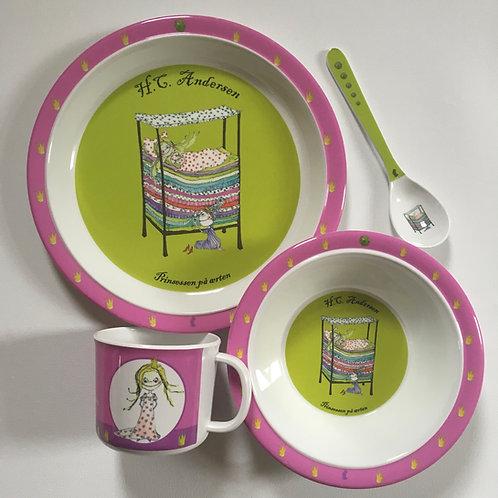 Children's 4 piece dinner set