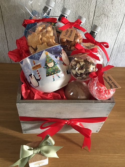 Hot Chocolate for One Bauble Gift Hamper
