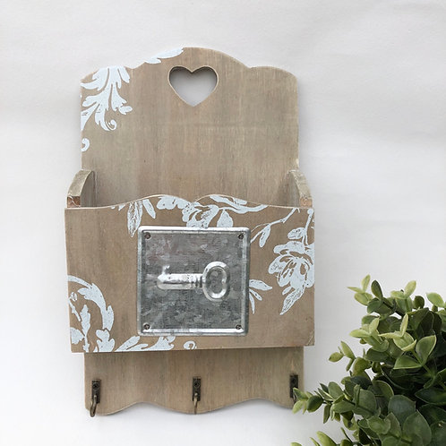 Wall Hanging Unit with Key Hooks