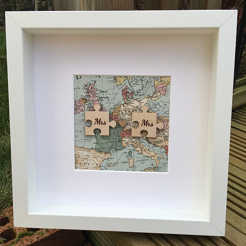 Mrs and Mrs Jigsaw Wooden frame