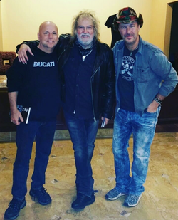 With Comedian Mark Wilde and County Roadhouse Singer Ray Wiley Hubbard