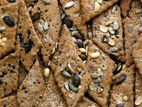 Cracker al farro, semi e marsala