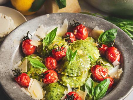 Ravioli di basilico con ricotta e limone