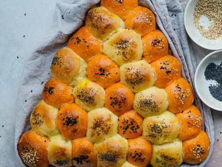 Albero di pan brioche al pomodoro e zafferano