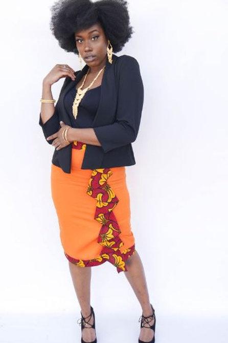 Nistz Skirt in Orange With Belt