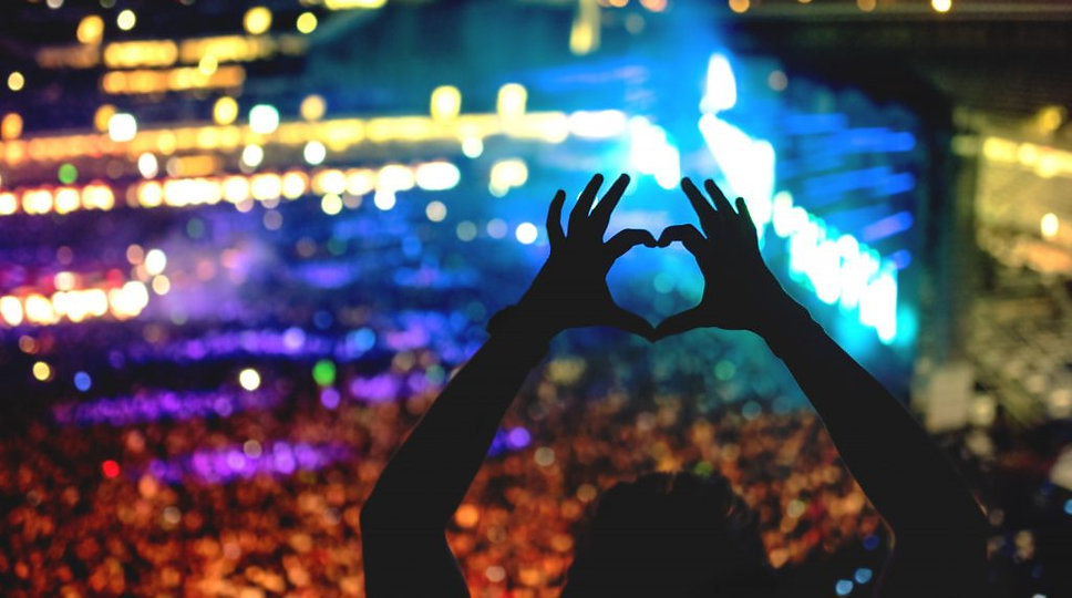 Image-Warner-Music-Group-helps-fans-shar