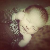 bebé durmiendo foto estudio