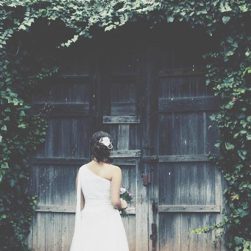 Fotográfia novia minimalista