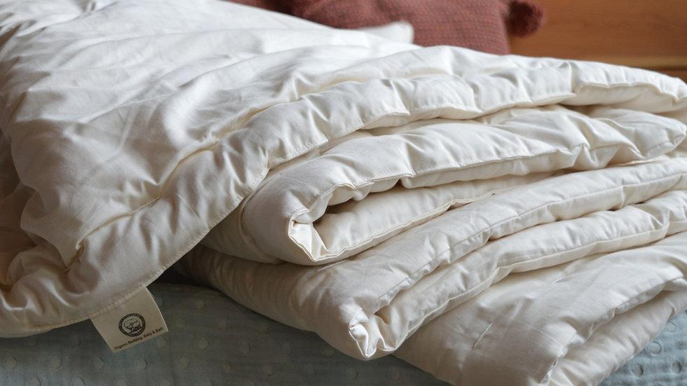 Dual-Weight Comforter