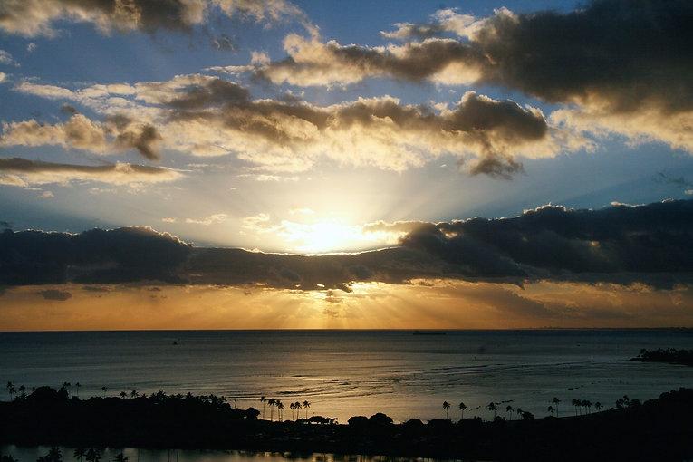 sunset-981403_1920.jpg