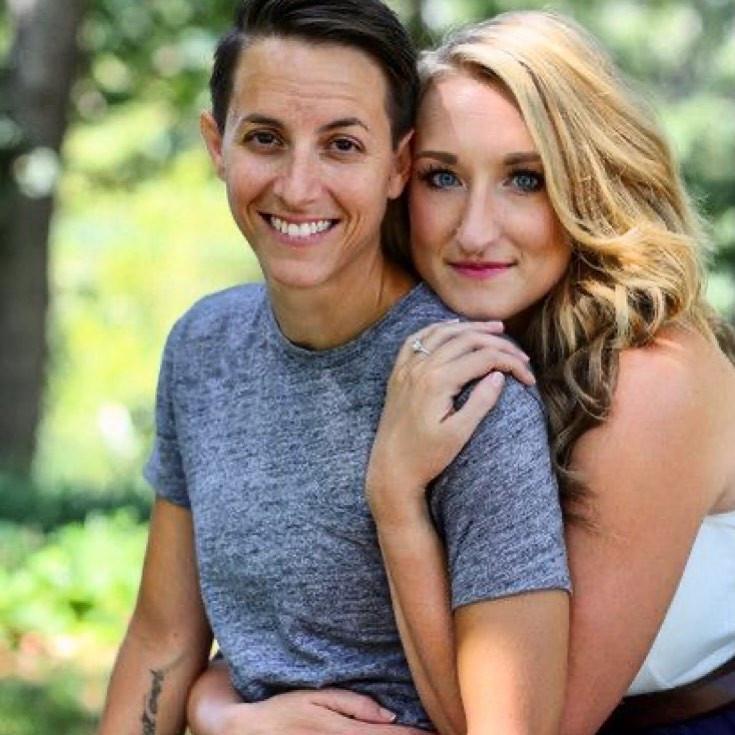 Gender non-conforming people in love