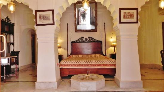 Room - Laxmi Vilas Hotel Bharatpur