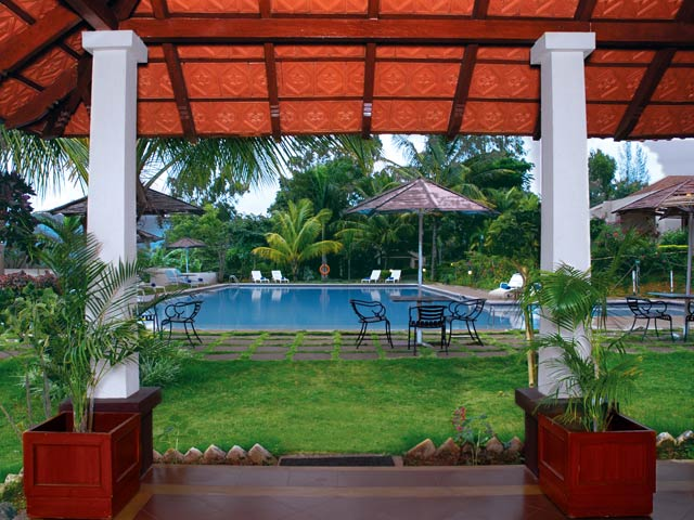 Pool - Taj Gateway Hassan
