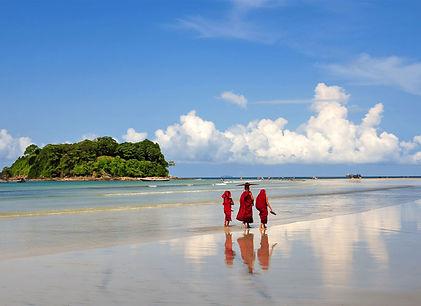 Ngwe Saung Beach - Myanmar
