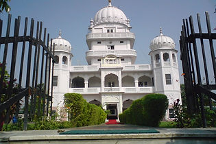 Anandpur Sahib Sikh Temple tour and travel packages